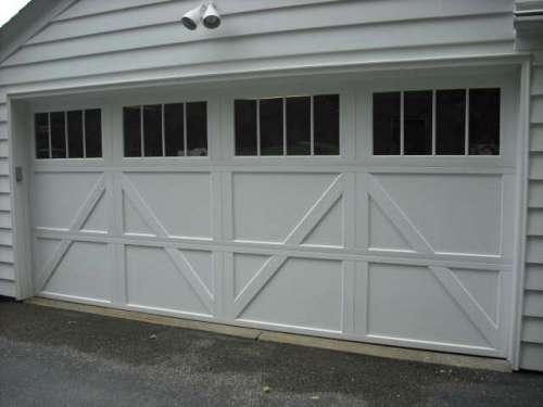Garage door installations cleveland area doors unlimited for Ranch house garage doors